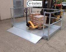 Galvanised container lorry trailer loading platform for forl lift telehandler